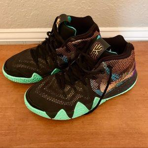 Kyrie mambo boys Nike's